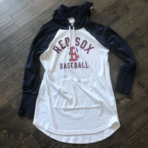 Tops - ⚾️ super cute Red Sox tunic length hoodie!! ⚾️